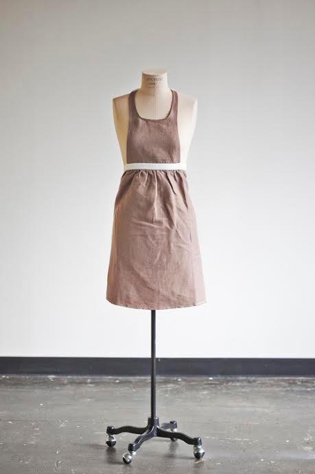 heirloom apron giveaway